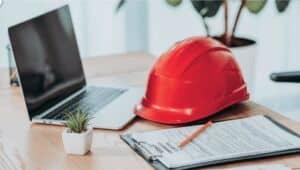 Elmo da lavoro per proteggersi dai pericoli durante il lavoro